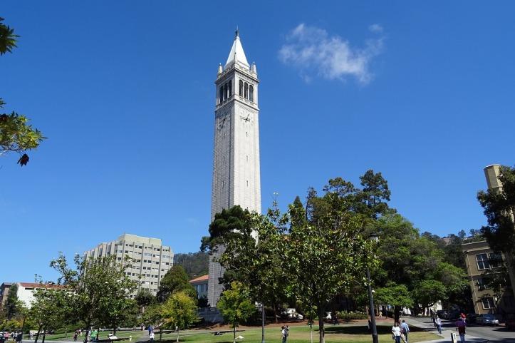 campanile-1014213_1280.jpg